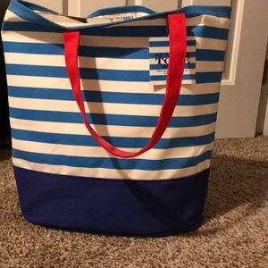 Handbags - Barnes and Noble summer tote